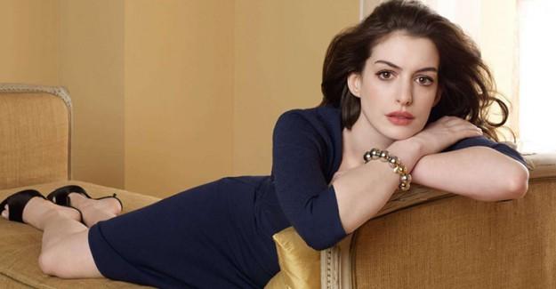 Ünlü Aktristin Yeni Filmi İçin Değiştirdiği Tarzı Dikkat Çekti