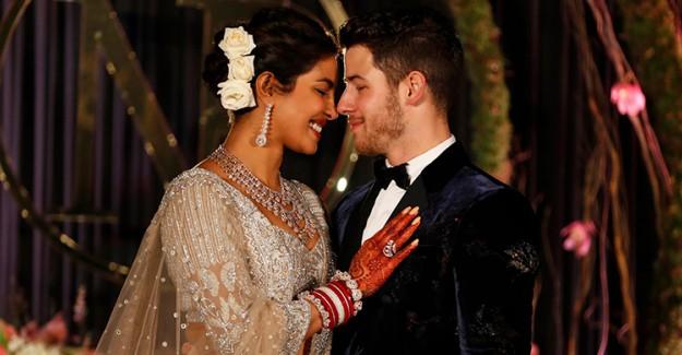 Ünlü Çiftin Hint Düğünü Bitmek Bilmiyor