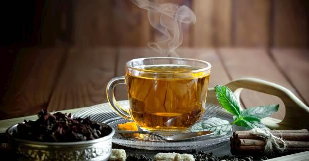 Ünlü Dr. Ender Saraç Kovid-19'a Karşı Etkili Çay Formülünü Açıkladı