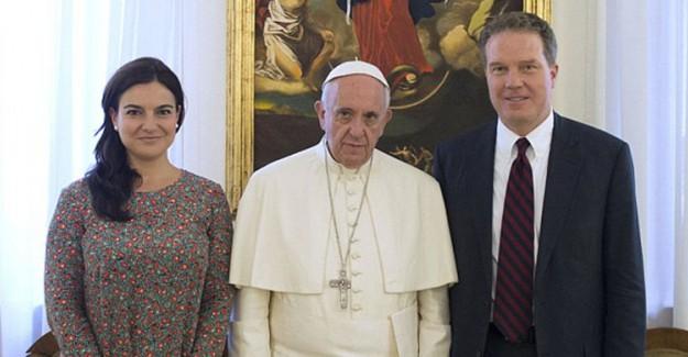 Vatikan'a Ağır Darbe, Aynı Anda İstifa Ettiler