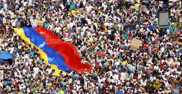 Venezuela'da Halk ABD'ye Karşı İmza Kampanyası Başlattı