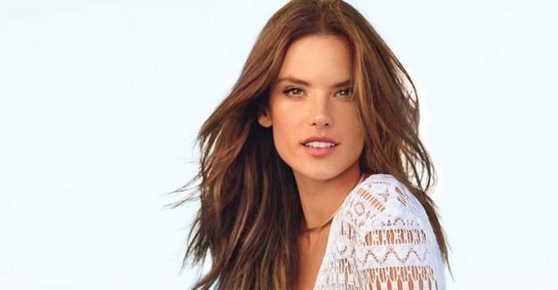 Victoria's Secret Modellerinden Alessandra Ambrosio California'da Görüntülendi