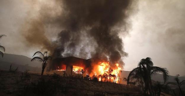 Woolsey Yangınında Hayatını Kaybedenlerin Sayısı Yükseliyor