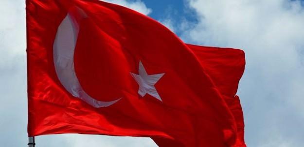 Yaklaşık 10 Bin Türk Ülkeyi Terk Etti