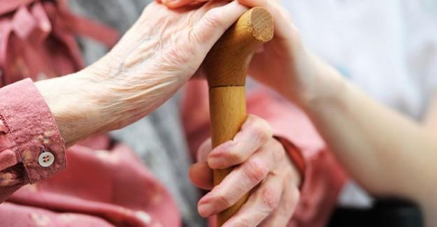 Yaşlılara ve Kronik Hastalara Evde Sağlık Hizmeti