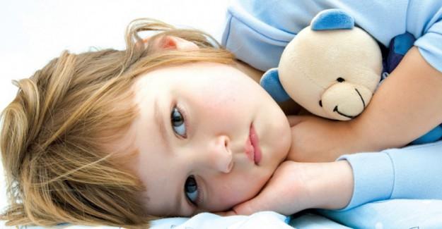 Yetersiz Uyku Çocukları Olumsuz Etkiliyor