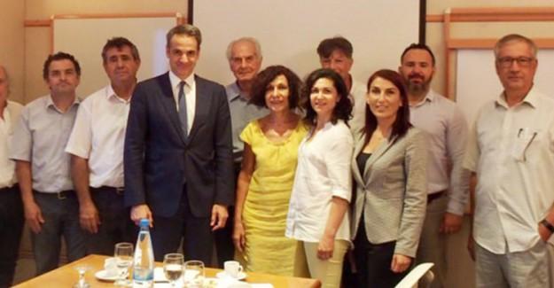 Yunan Başbakan Miçotakis, Kıbrıslı Türklerle Görüştü
