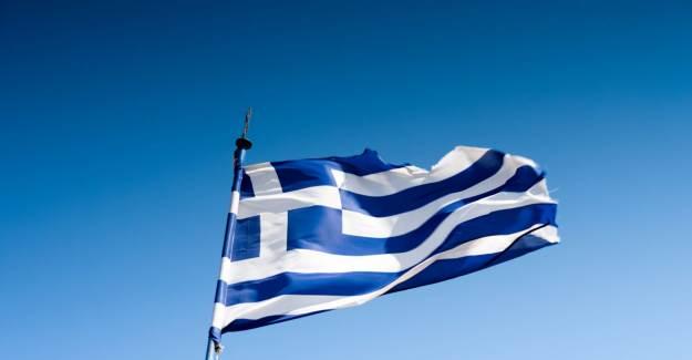 Yunanistan: Altın Şafak Partisi Suç Örgütüdür
