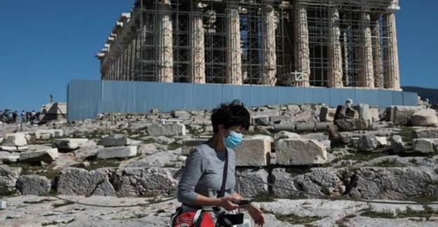 Yunanistan Da Sokağa Çıkma Yasaklarını Başlatıyor