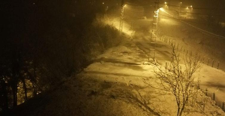 Zonguldak'ın Yüksek Kesimlerinde Kar Yağışı Başladı