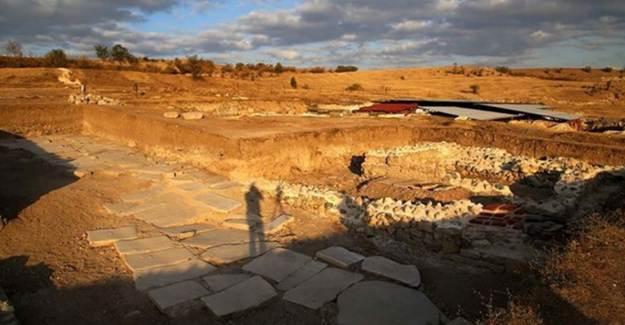 800 Senedir Kullanılmayan Pompeiopolis Antik Kenti'ndeki Yol Açılıyor