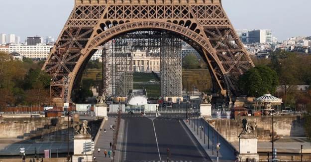 Fransa'da Sokağa Çıkma Yasağı Koyuldu