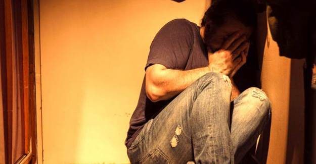 İlişki İsteği Reddedilen Kadın Sevgilisini Tekme Tokat Dövdü