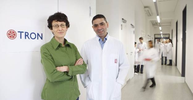 Kovid-19'a İlk Aşı Bir Türk'ten!