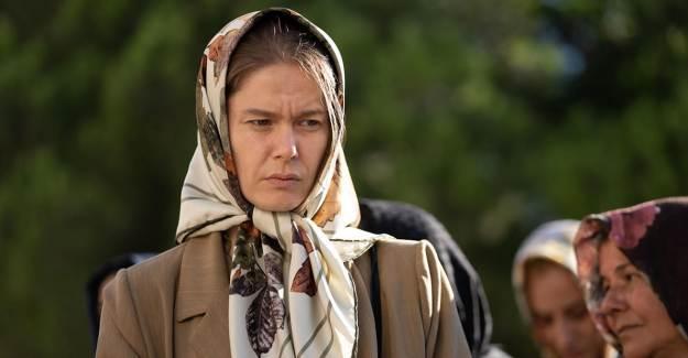 Netflix'in Merakla Beklenen Yapımı Fatma'dan İlk Kareler Geldi