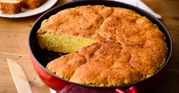 Tavada Mısır Ekmeği Nasıl Yapılır? Tavada Kolay Mısır Ekmeği Tarifi